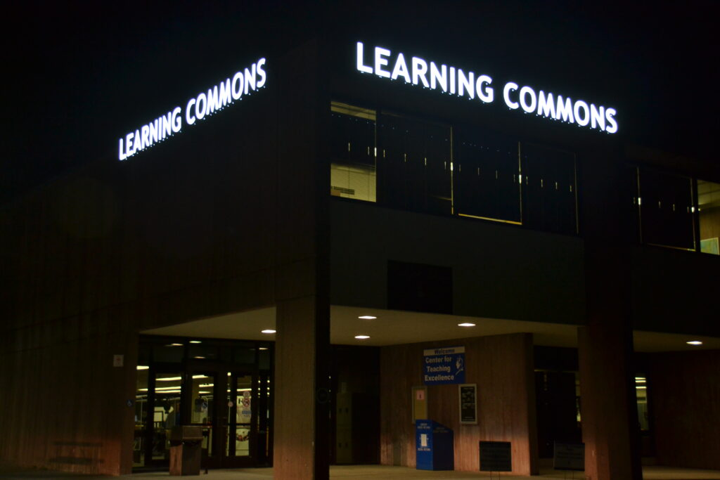learning-commons-night-view